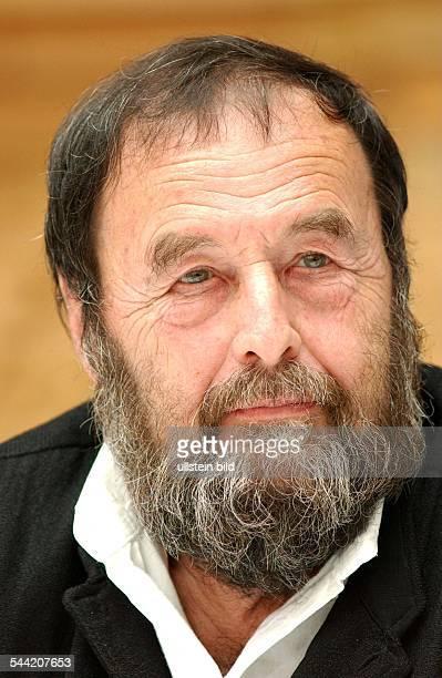 Harald Szeemann, Schweizer Kunsthistoriker Porträt col