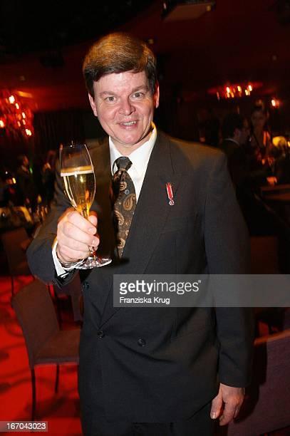 """Harald Wohlfahrt Bei """"Belle Et Fou"""" Bei Der Verleihung Der Bunte """"One 100 - Deutschlands Beste Köche"""" Im Restaurant Felix In Berlin ."""