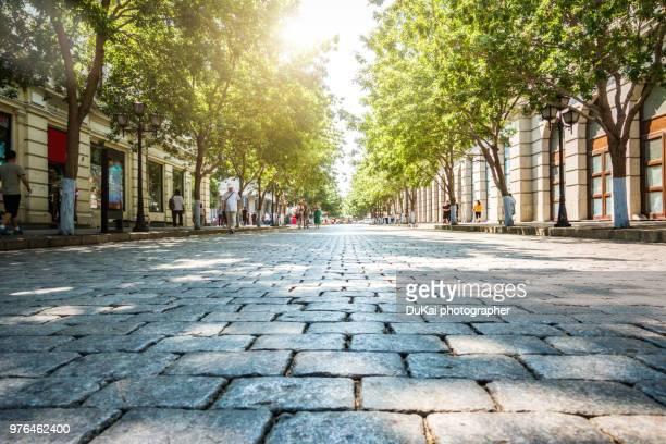 harbin central street - 敷石 ストックフォトと画像