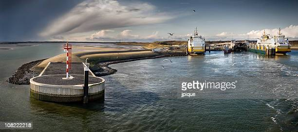 Harbor and ferry, Texel