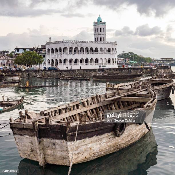 Harbor Bay and Central Mosque in Moroni