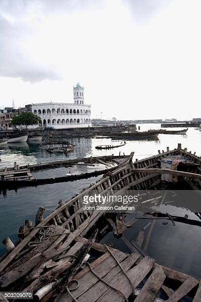 Harbor Bay and Central Mosque