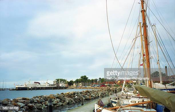 harbor in denmark - helsingor stock pictures, royalty-free photos & images