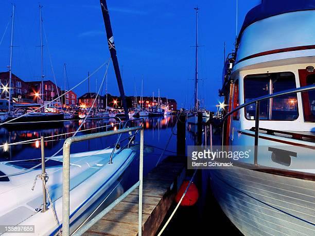 harbor lights - bernd schunack stockfoto's en -beelden