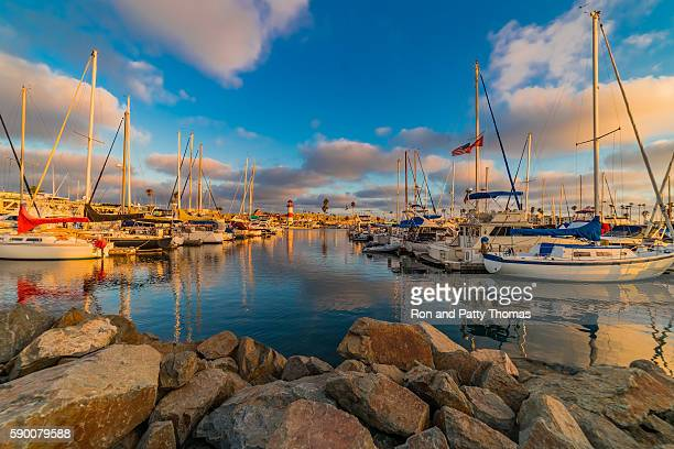 harbor of oceanside with recreational boats and lighthouse, ca(p - san diego - fotografias e filmes do acervo