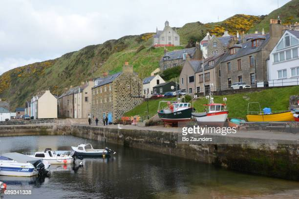 harbor - aberdeenshire stock pictures, royalty-free photos & images