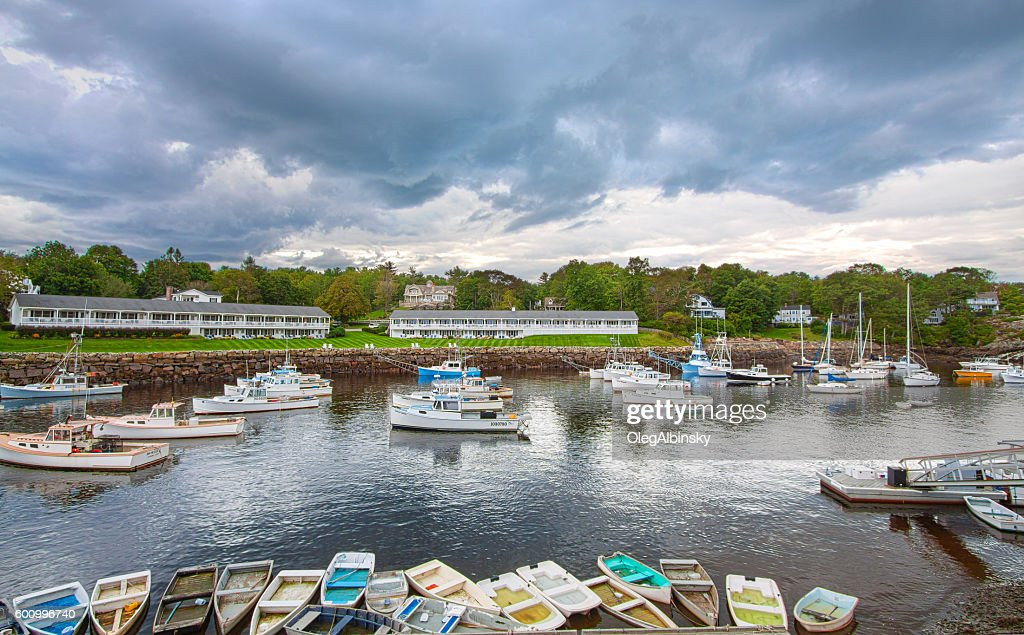 Harbor View Rowboats Fishing Boats And Hotels Perkins Cove Maine