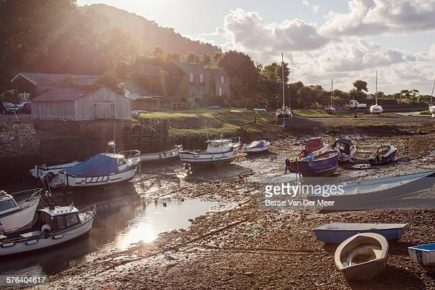 harbor with fishing boats in evening sunshine - ポーロック ストックフォトと画像