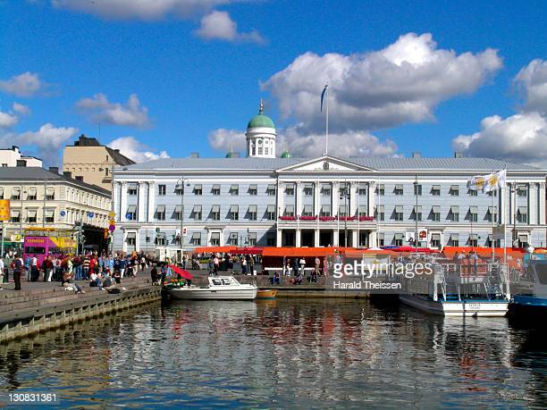 harbour bassin at the central market in front of the townhall in helsinki finland - town hall stock pictures, royalty-free photos & images