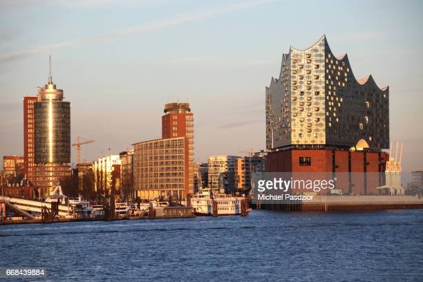 harbour city skyline with Elbphilharmonie
