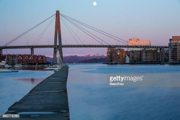 harbour in stavanger city - スタバンゲル ストックフォトと画像