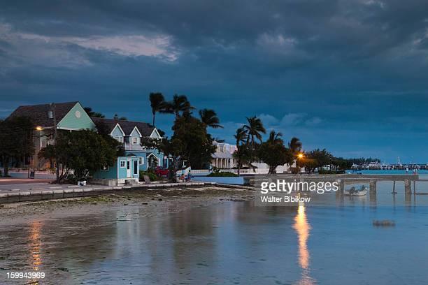 harbour island, bahamas, harbor - ダンモアタウン ストックフォトと画像