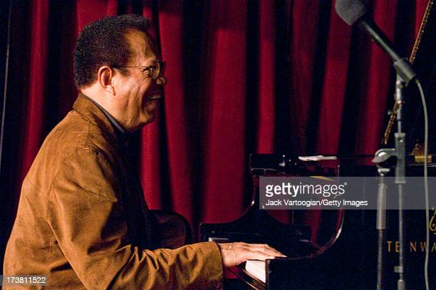 Hard bop Jazz pianist Cedar Walton leads his Trio on the first night of his annual twoweek Christmas holiday run at the Village Vanguard New York New...