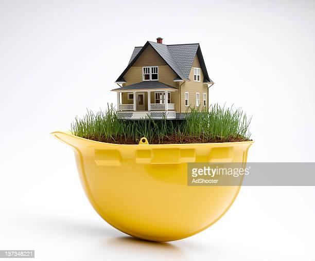 Schutzhelm House