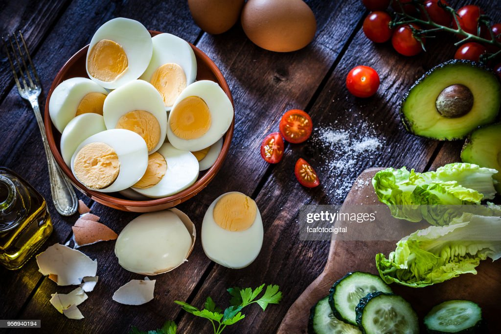 Hard-boiled eggs : Stock Photo