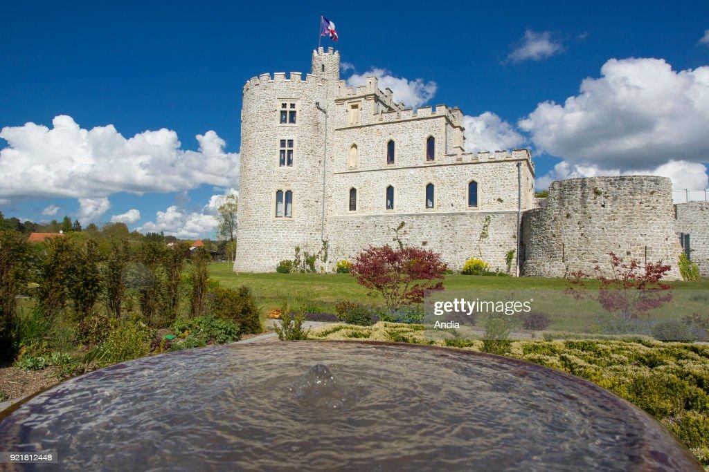 Hardelot Castle in Condette. : News Photo