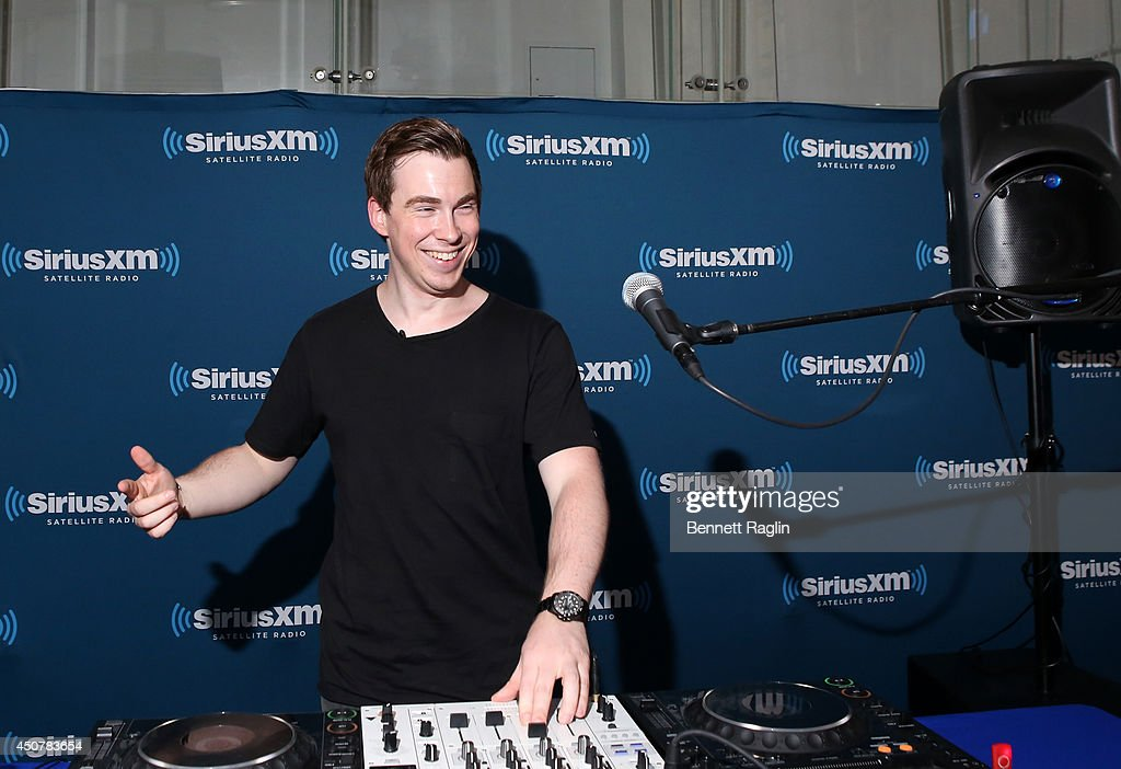 Dj hardwell announces north american dates for dj hardwell hosts a special live edition of his siriusxm show hardwell radio on thecheapjerseys Choice Image