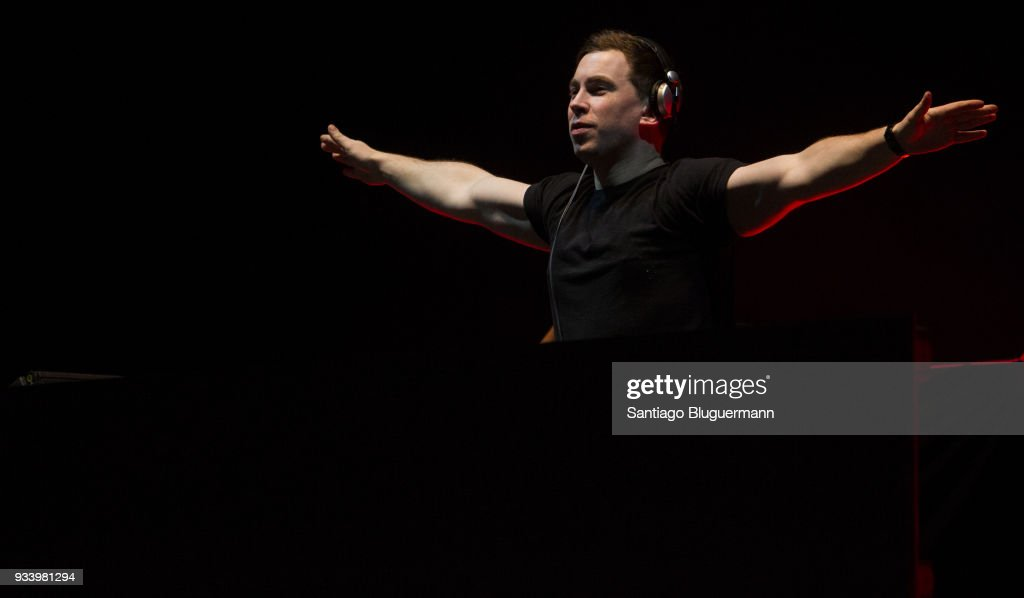 Hardwell performs during the first day of Lollapalooza Buenos Aires 2018 at Hipodromo de San Isidro on March 16, 2018 in Buenos Aires, Argentina.