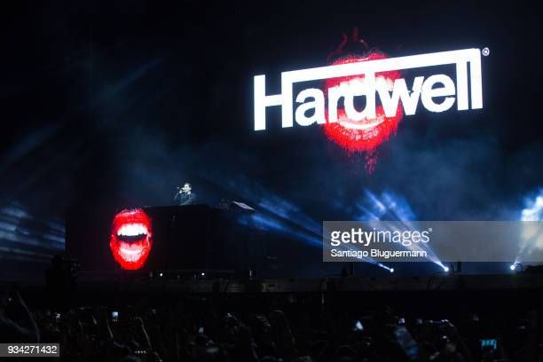 Hardwell performs during the first day of Lollapalooza Buenos Aires 2018 at Hipodromo de San Isidro on March 16 2018 in Buenos Aires Argentina