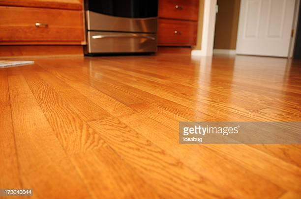 硬質の木製フロアー