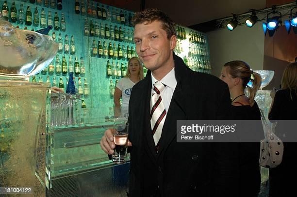 Hardy Krüger jr CharityEreignis Tribute to Bambi Theater im Hafen Hamburg Party Schauspieler Promis Prominente Prominenter