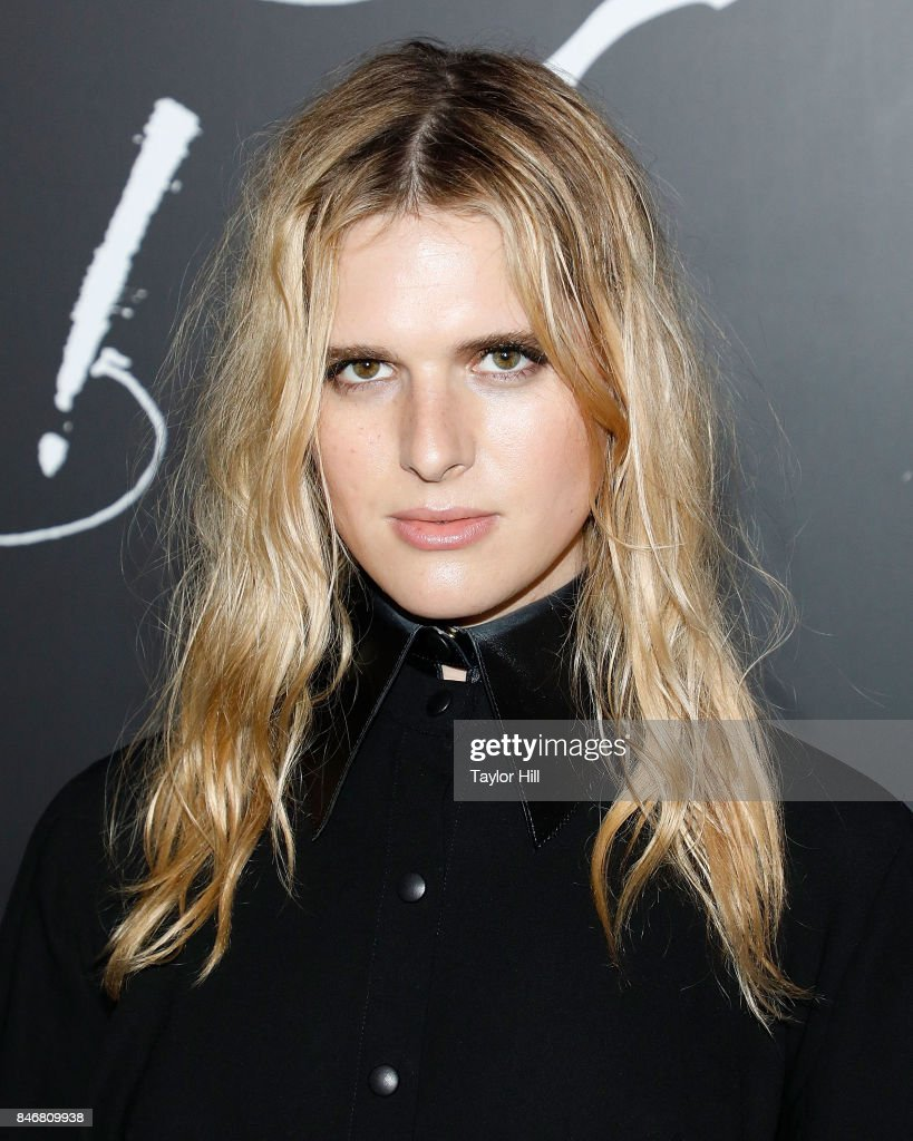 Hari Nef attends the premiere of 'mother!' at Radio City Music Hall on September 13, 2017 in New York City.