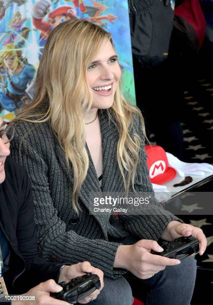 Hari Nef puts her gaming skills to the test playing Mario Kart 8 Deluxe on Nintendo Switch at the Variety Studio at ComicCon 2018 on July 19 2018 in...