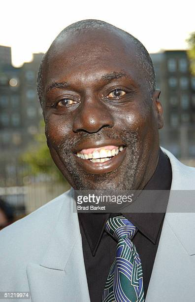 Harlem Globetrotter Bobby Hunter arrives at the National Black Sports and Entertainment Hall of Fame at Aaron Davis Hall on August 25 2004 in New...