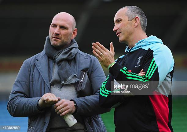 Harlequins Director of Rugby Conor O'Shea and Lawrence Dallaglio in discussion prior to the Aviva Premiership match between Harlequins and Bath Rugby...