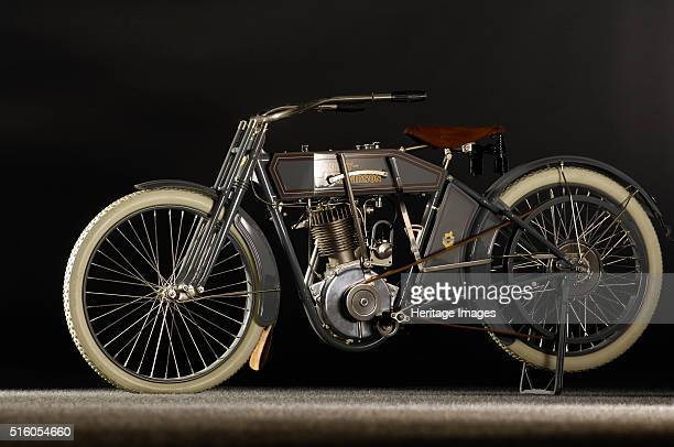 Harley Davidson model X8A 1912 By Simon Clay