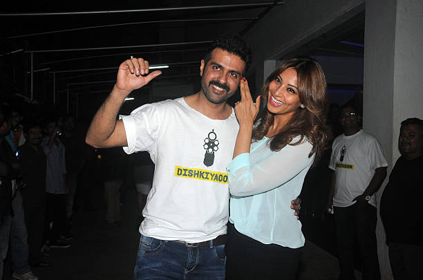 Harman Baweja and Bipasha Basu at the screening of the movie Dishkiyaaoon in Mumbai
