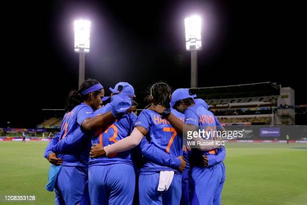 Harmanpreet Kaur of India speaks to the huddle during the ICC Women's T20 Cricket World Cup match between India and Bangladesh at WACA on February...
