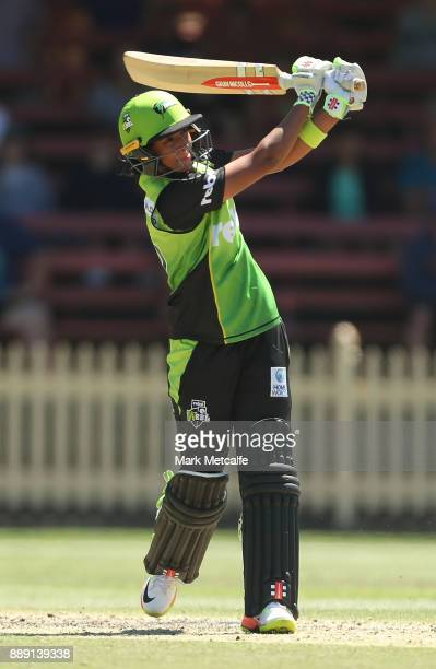 Harmanpreet Kaur of the Thunder bats during the Women's Big Bash League WBBL match between the Sydney Thunder and the Sydney Sixers at North Sydney...