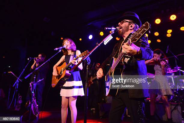 Harmonica player Jimmy Z guitarist Molly Tuttle violinist Ann Marie Calhoun and guitarist Dave Stewart of the Eurythmics perform on stage at The Roxy...