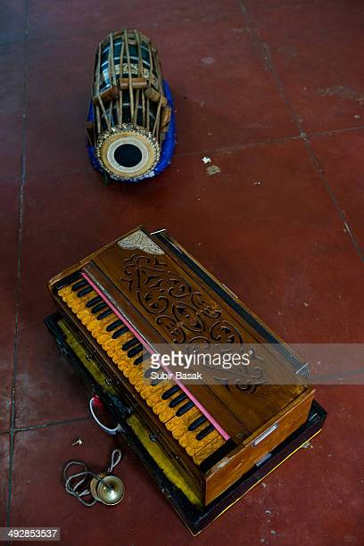 Harmonium and dholak in a gurukul