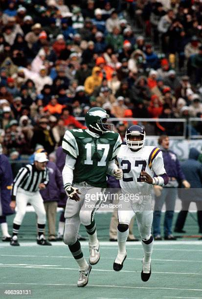 Harold Carmichael of the Philadelphia Eagles in action against Autry Beamon of the Minnesota Vikings October 24 1976 during an NFL football game at...