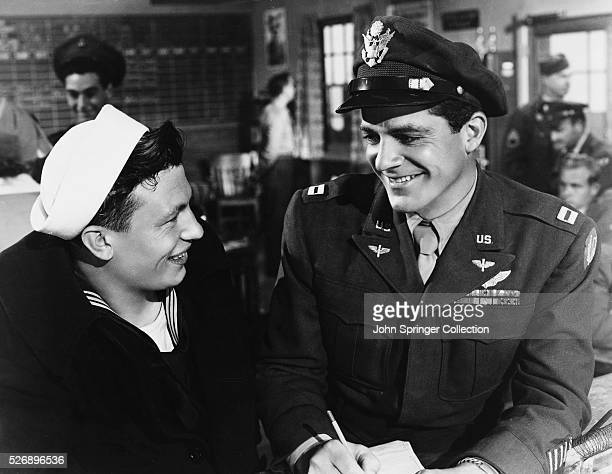 Harold Russell as the injured veteran Homer Parrish and Dana Andrews as fellow veteran Fred Derry in the 1946 film The Best Years of Our Lives