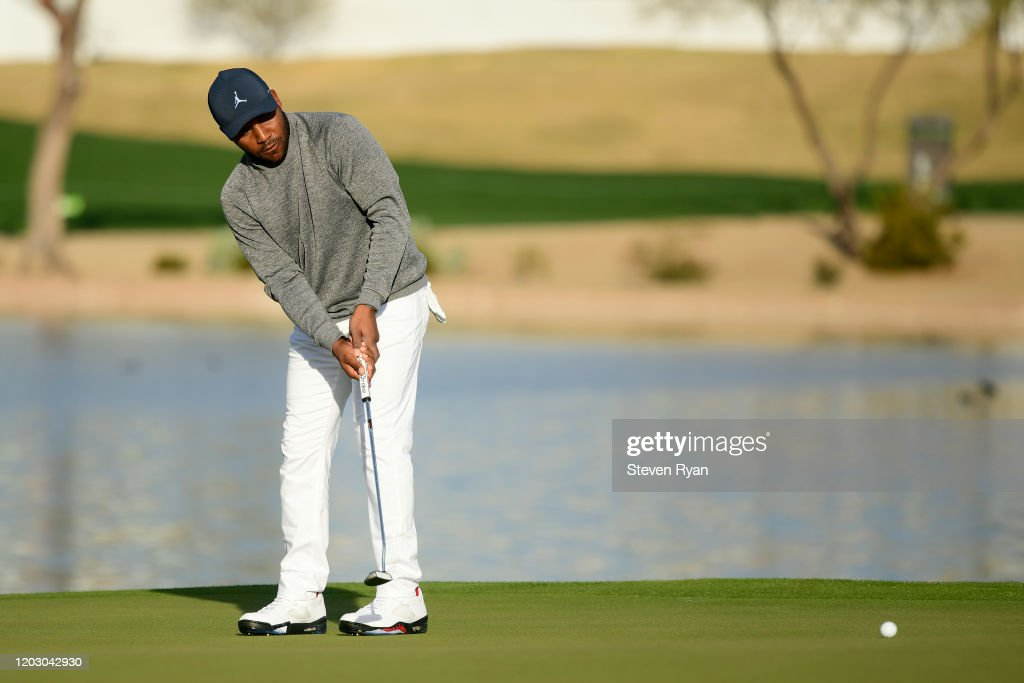 Waste Management Phoenix Open - Round One : News Photo