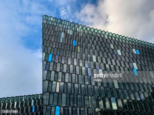 harpa close up, reykjavik, iceland - vsojoy stockfoto's en -beelden
