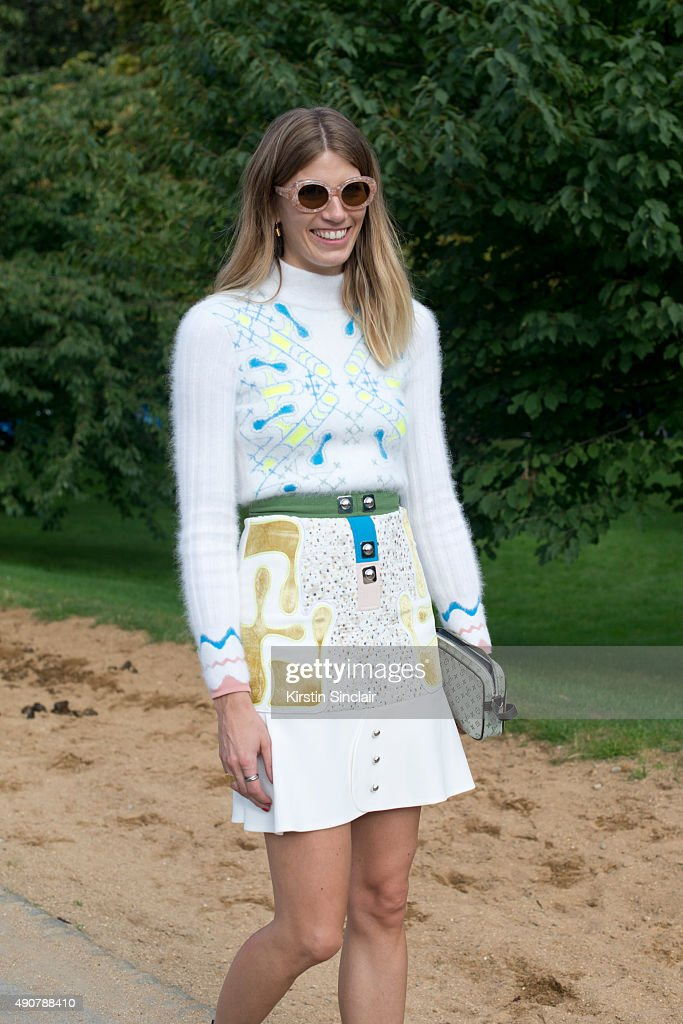 Street Style: Day 3 - LFW SS16 : News Photo