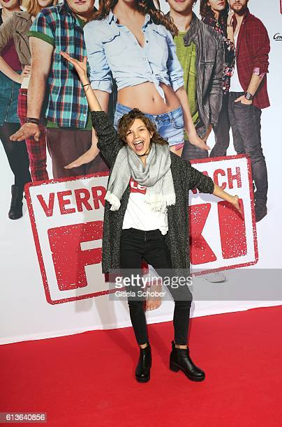 Harriet HerbigMatten during the premiere of the film 'Verrueckt nach Fixi' at Mathaeser Kino on October 9 2016 in Munich Germany