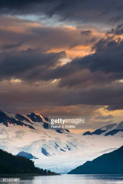 harriman glacier - chugach mountains stock pictures, royalty-free photos & images