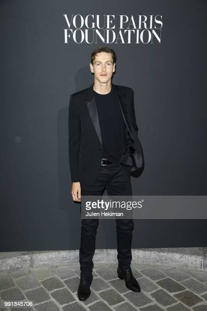 Harris Dickinson attends Vogue Foundation Dinner Photocall as part of Paris Fashion Week Haute Couture Fall/Winter 20182019 at Musee Galliera on July...