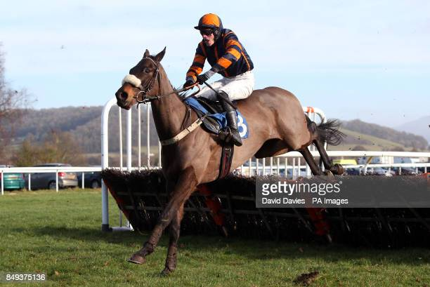 Harris ridden by John Kington in the Jenny Appleton & Family Maiden Hurdle at Ludlow