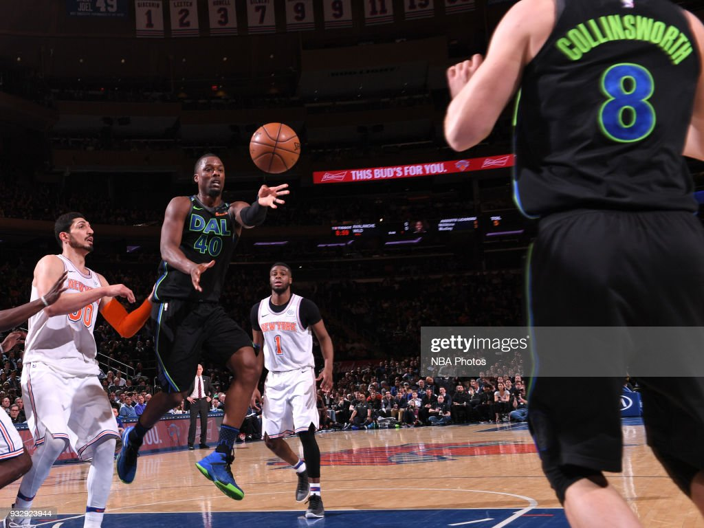 Harrison Barnes #40 of the Dallas Mavericks passes the ball during the game against the New York Knicks on March 13, 2018 at Madison Square Garden in New York City, New York.