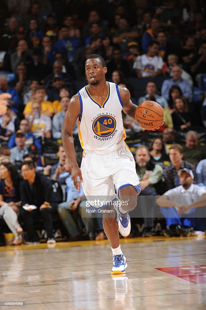 Harrison Barnes #40 of the Golden State Warriors brings the ball up the court against the Utah Jazz on November 21, 2014 at Oracle Arena in Oakland, California.