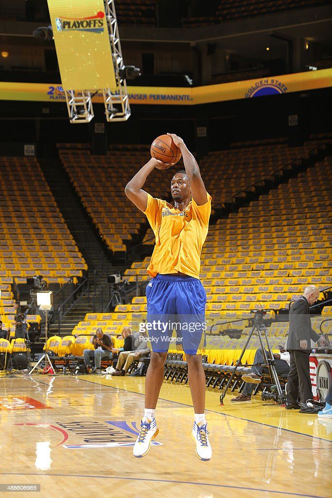 Harrison Barnes #40 of the Golden State Warriors warms up against the Los Angeles Clippers in Game Six of the Western Conference Quarterfinals during the 2014 NBA Playoffs at Oracle Arena on May 1, 2014 in Oakland, California.