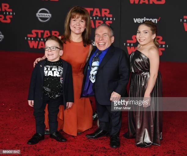 Harrison Davis Samantha Davis actor Warwick Davis and Annabelle Davis attend the premiere of Disney Pictures and Lucasfilm's Star Wars The Last Jedi...