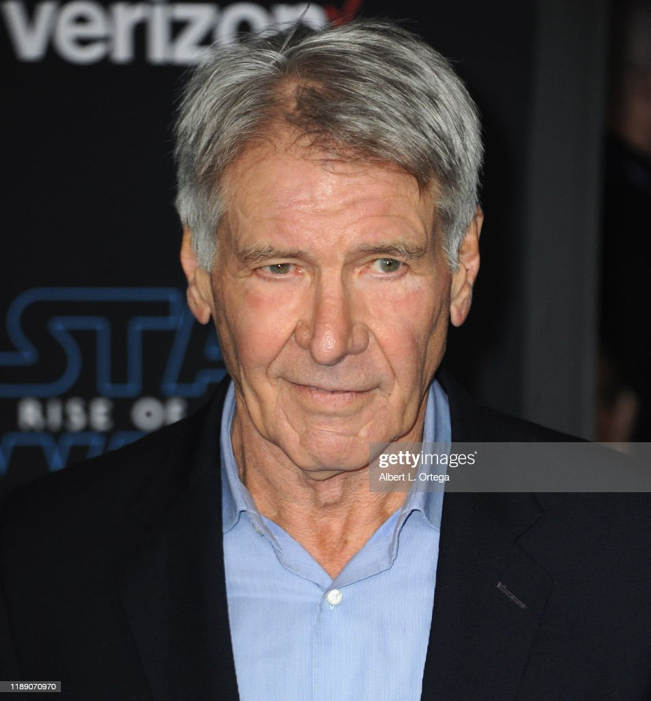 Harrison Ford Arrives For The Premiere Of Disney S Star Wars The News Photo Getty Images