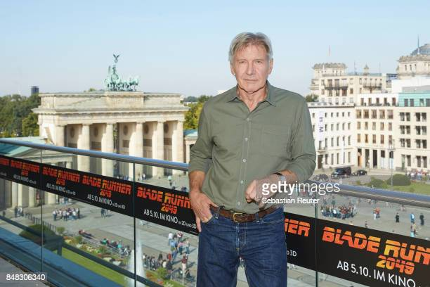 Harrison Ford poses for the 'Blade Runner 2049' photo call at Akademie der Kuenste on September 17 2017 in Berlin Germany
